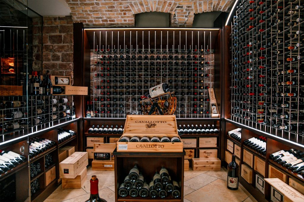 Wine Bar Whiskey Lounge Kleiner Rosengarten